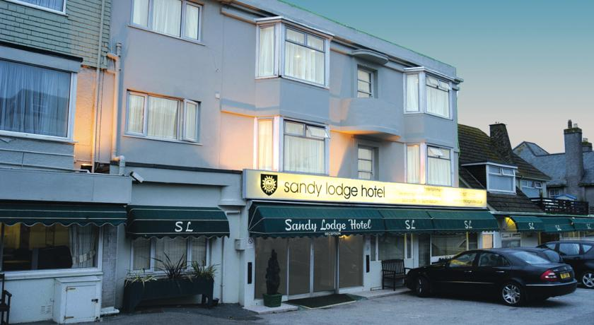 hotel in lodge travel uk: